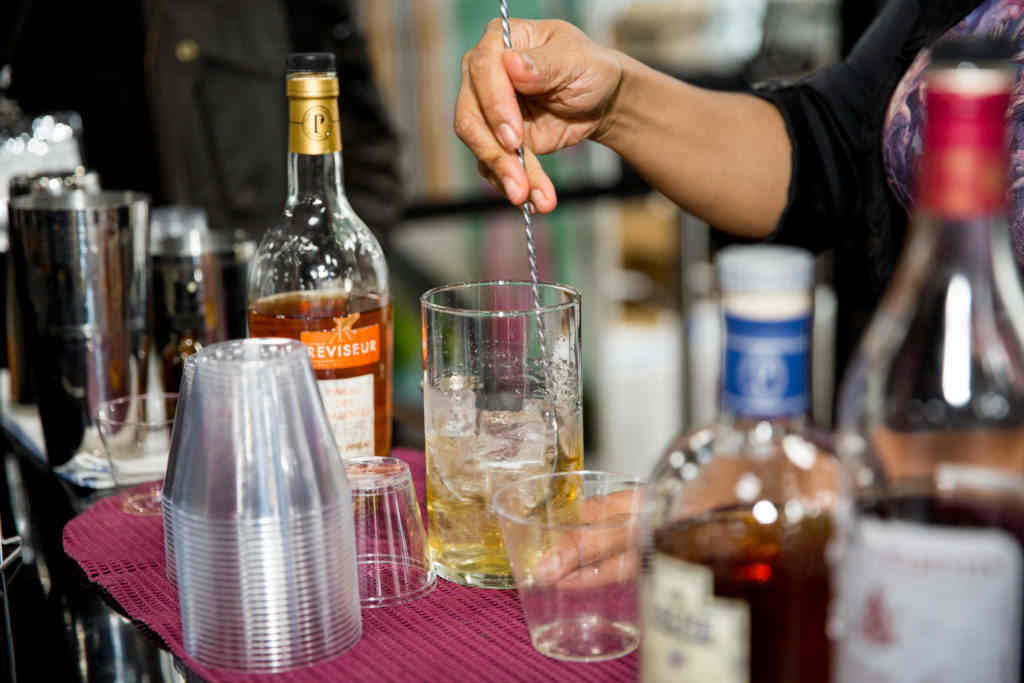 LydiaLeePhoto-Sopexa-PineauDes Charentes-Bar-Institute-2197